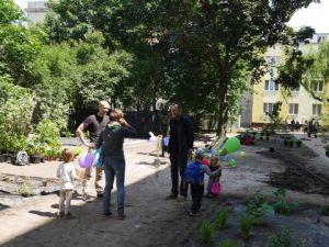 Dzień Śąsiada_ogród na paca